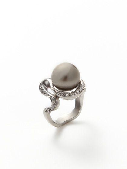 Black Serpent & Diamond Ring by  Tom Cherin. Very original!