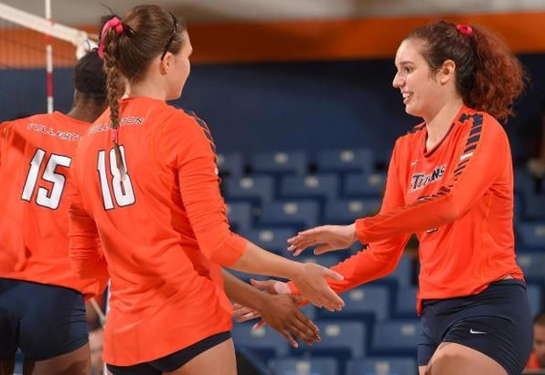 Titans Travel To Csun Host Ucsb And Cal Poly On Espn3 Cal State Fullerton Athletics Volleyball News Athlete Cal State