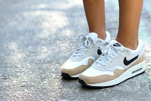 Nike airmax one Shoes Pinterest Zapatillas Tenis y Zapatos