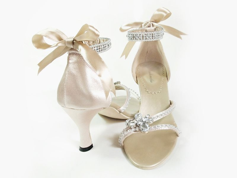 Glamorous Shoes For Your Dream Wedding