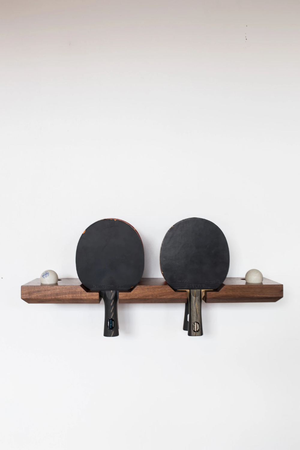 Table Tennis Room Design: Banger Ping Pong Paddle Holders