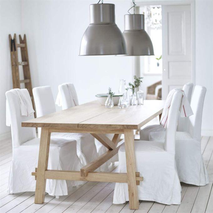 span>En favorit i 2016 års Ikea-katalog är bordet Möckelby. Rustikt ...