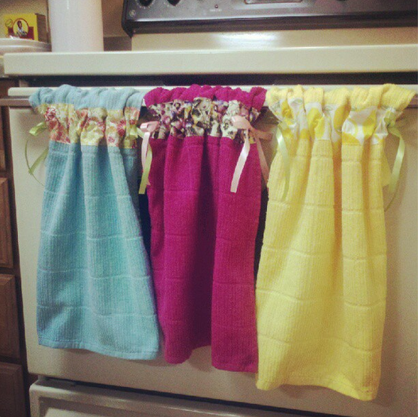 Diy Stay Put Kitchen Towels With Images Towel Crafts Kitchen
