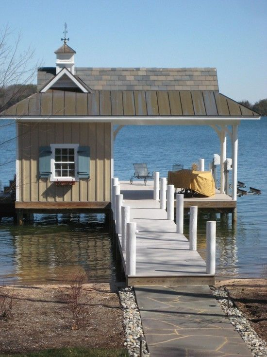 boat dock with closed in patio pictures | ... Dock Entrance With ...