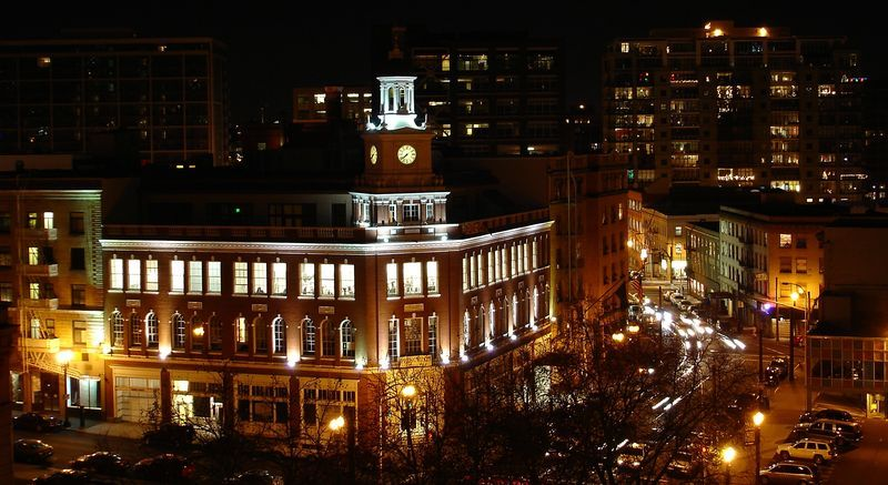 Portland at night  Telegram building