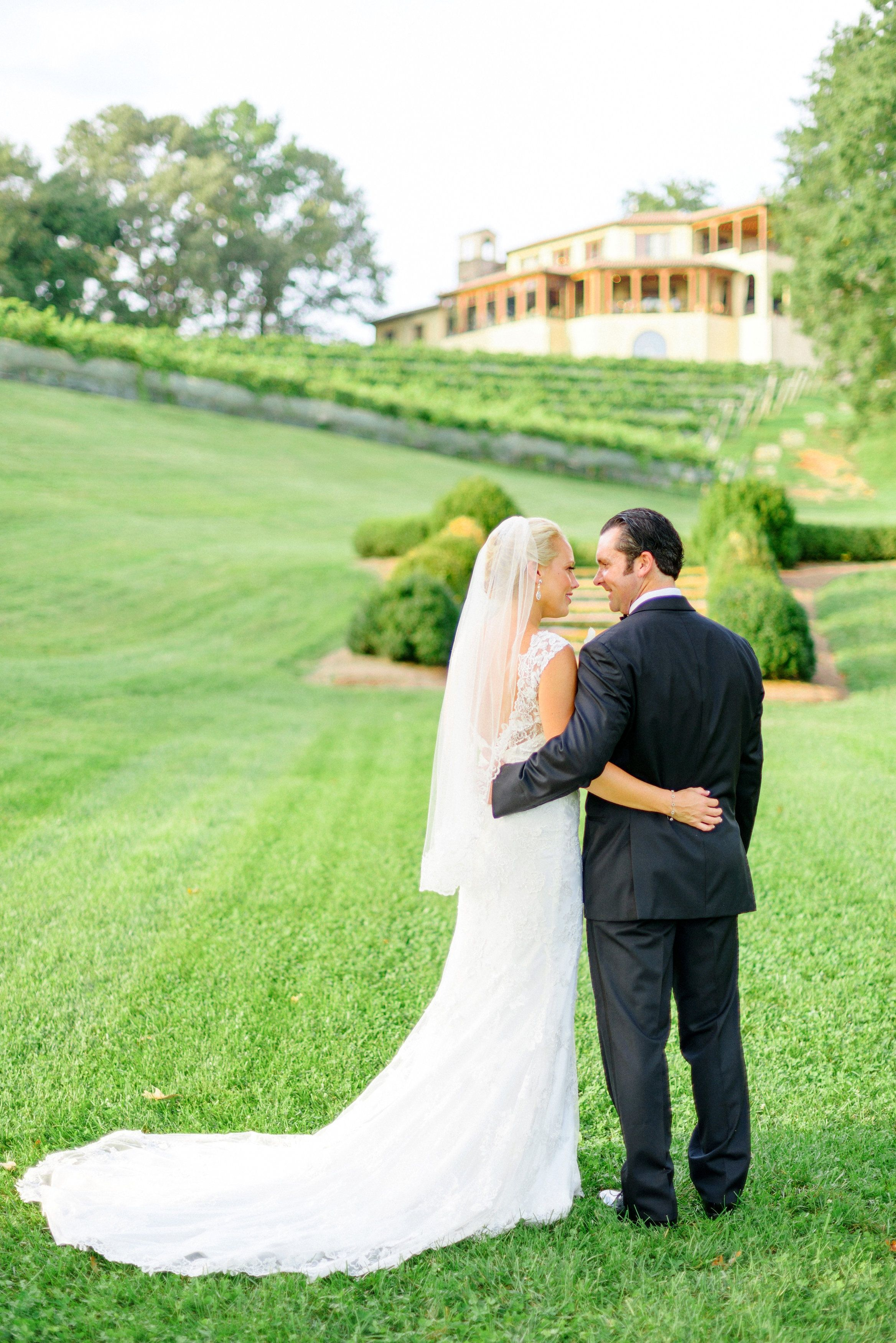 A Formal, Vineyard Wedding at Montaluce Winery in