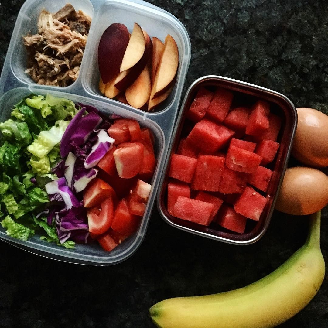 packing work lunches + breakfast-in-the-car for the new year. hard boiled eggs and banana, grain-free bento: pulled pork, peaches, salad, watermelon.