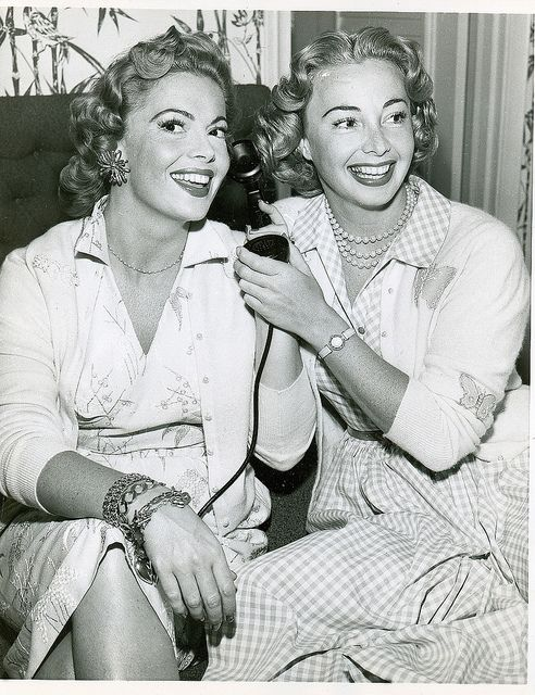 Audrey And Jane Meadows What Beauties They Are  Celebrity -7501