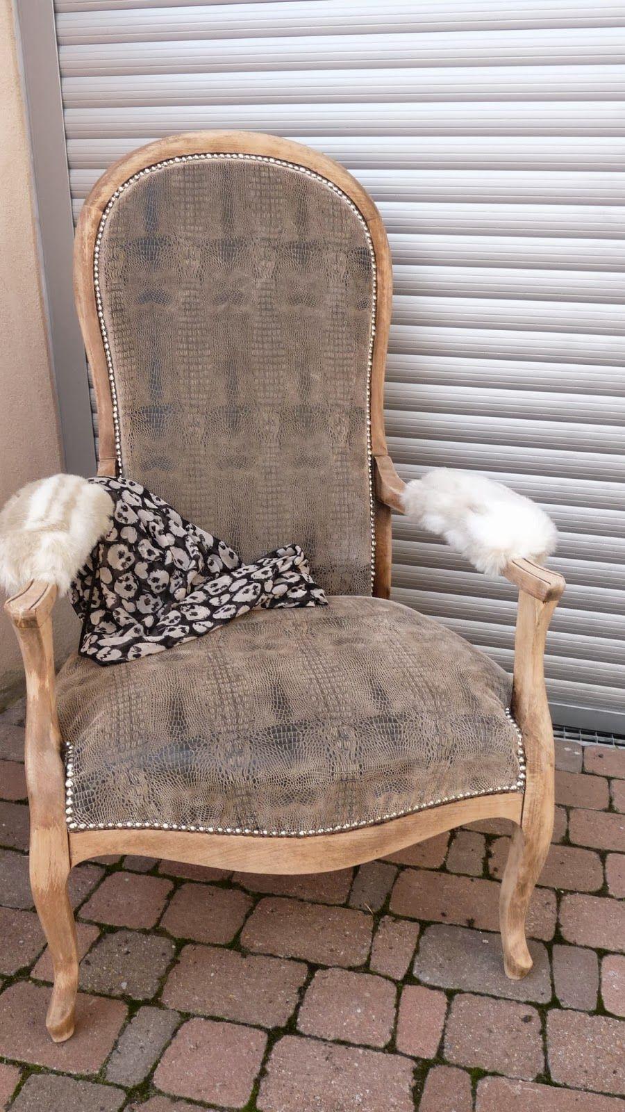 Fauteuil voltaire avec bois brut recherche google living room en 2019 chair accent chairs - Meuble voltaire ...