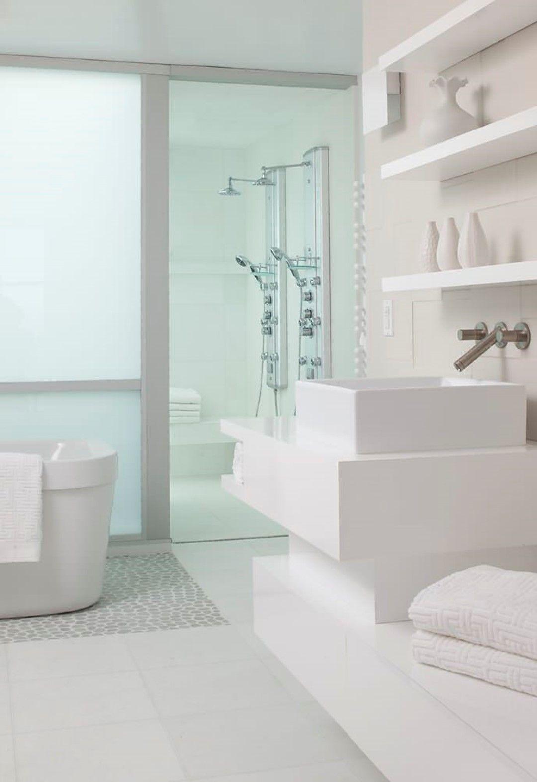 Delta Moderne Dusche Mount Handbrause Weiss Chicago Schwimmenden Wand Regal Blanco Plus Modernes Badezimmerdesign Badezimmer Design Badezimmer Innenausstattung