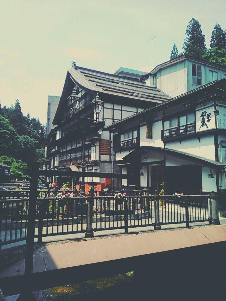 銀山温泉 ginzan japan