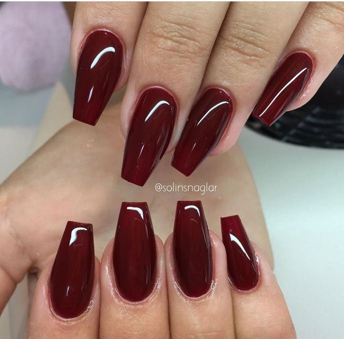 Pin By Luca On Unas Red Gel Nails Deep Red Nails Maroon Nails
