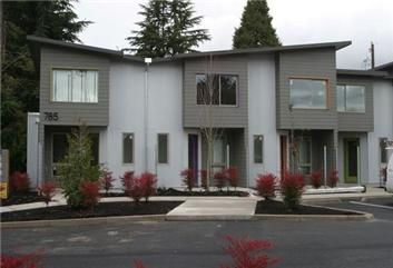Greenway Townhouses In Eugene Or Be The First To Live In These Incredible Smartly Designed Townhou Eco Architecture Beautiful Apartments Architecture Design