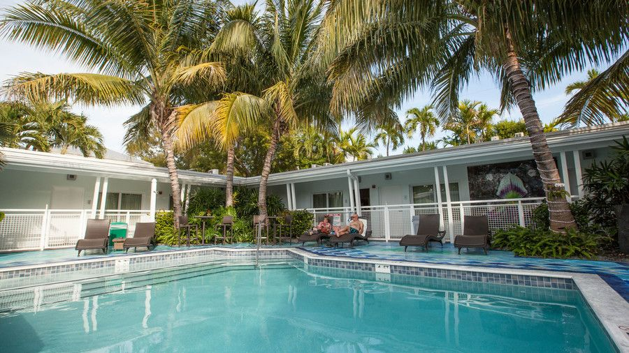 This Charming Retreat On Key West S Famed Duval Street Offers Guests A Contemporary Escape Surrounded By Minimalist Color Patterns And Coast Inspired