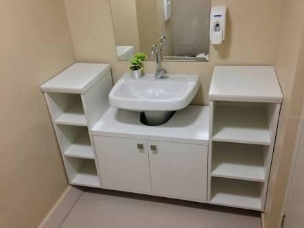 Resultado de imagen para armarios de banheiro com rodinhas for Gabinete de almacenamiento de bano barato