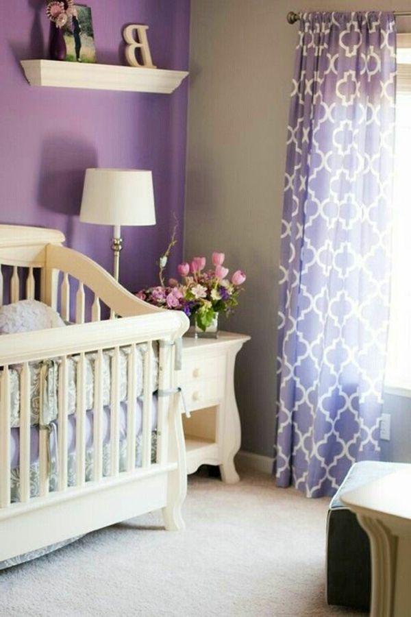 lila gardinenen und lila wandfarbe im babyzimmer - 45 auffällige - ideen baby und kinderzimmer wandfarbe