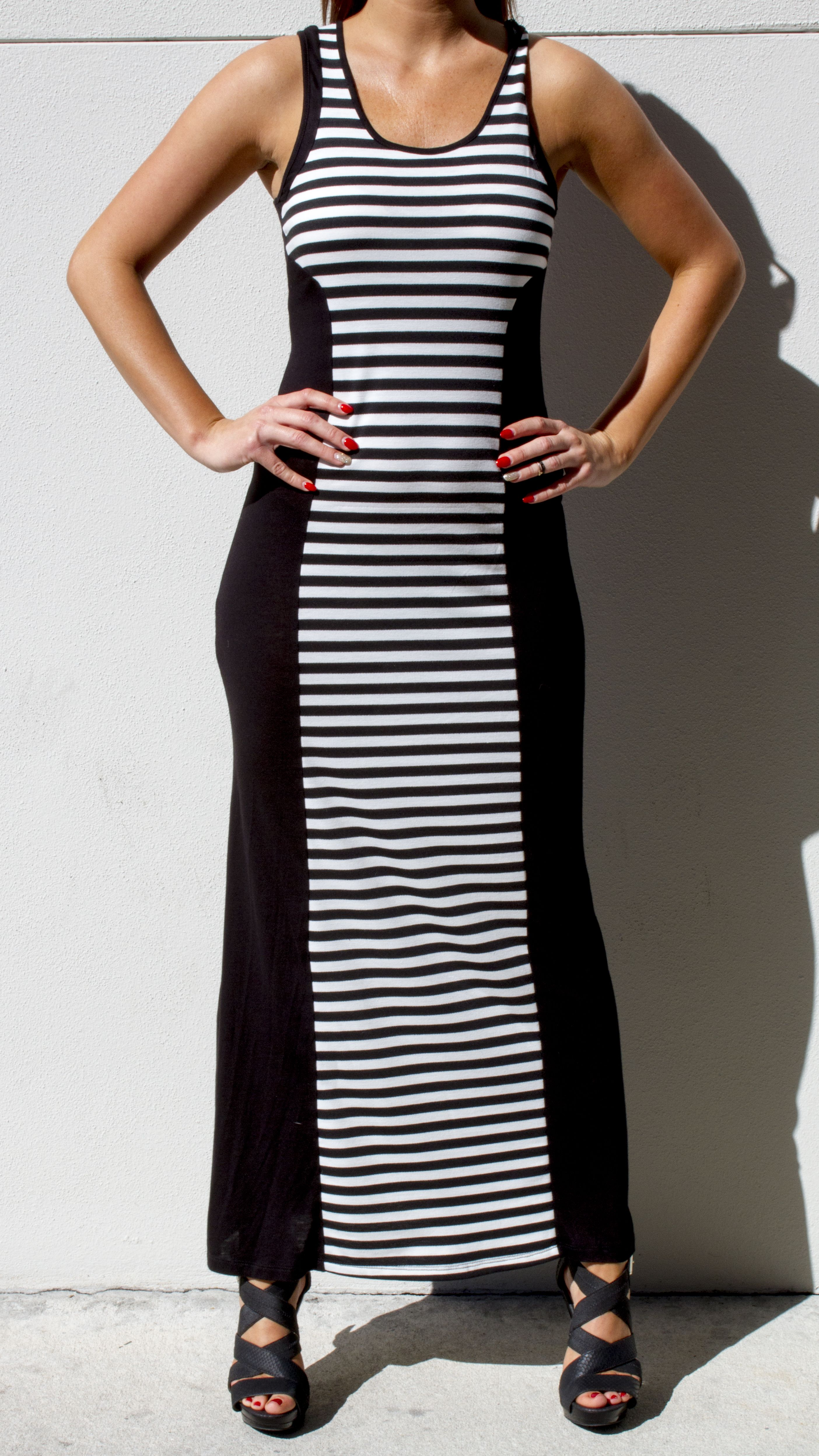 Soft Stretchy And Fitted Stripped Maxi Dress With Color Block That Outlines Your Body This Gem Is Available At Www Maxi Dress Stripped Maxi Dresses Fashion [ 4992 x 2808 Pixel ]