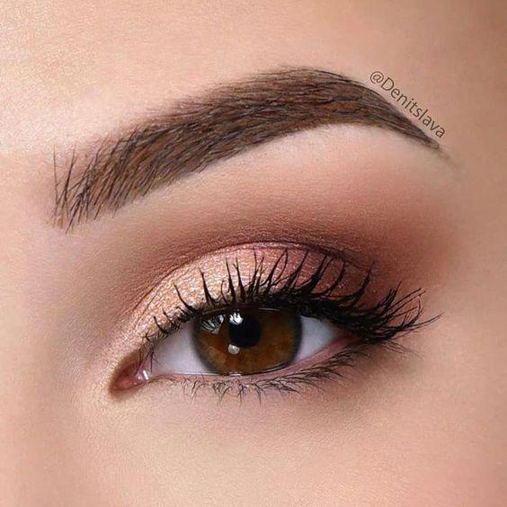 Photo of Dieser Make-up-Trend ist der einfachste Weg, um Ihren Look zu aktualisieren. Hervorragender Make-up-Look für roségoldene Augen – Das schönste Make-up
