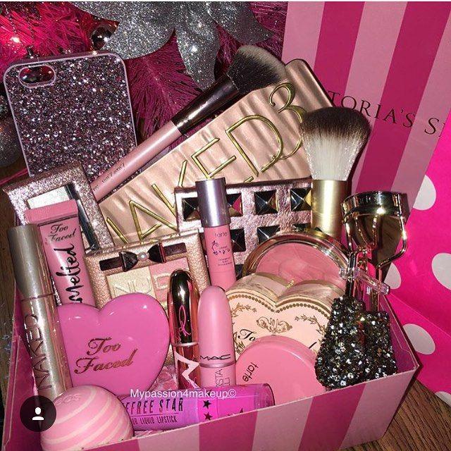Christmas Gift Wrapping Makeup Gifts Basket Diy Gift Baskets Makeup Basket