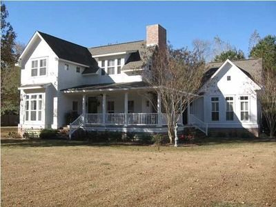 210 County Road 29 Prattville Al 36067 Zillow House Styles House Mansions