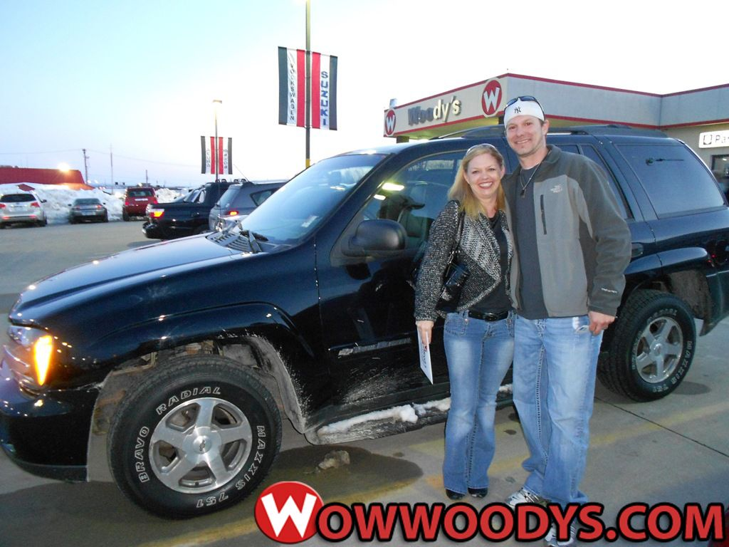 James And Krista Hoskins From Kansas City Missouri Purchased This 2003 Chevrolet Trailblazer And Wrote We Will With Images Chevrolet Trailblazer Jeep Dealer Trailblazer