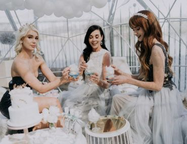 Von Alaska inspirierte Brautparty im Winterwunderland – Confetti Fair   – CELEBRATIONS | Bridal Shower