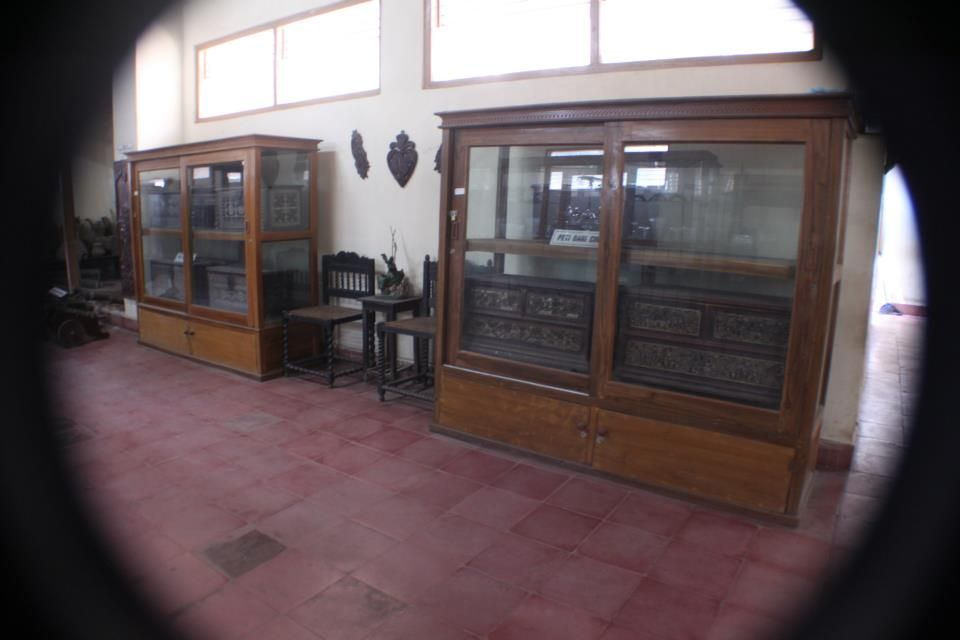 You can see, some of the old cabinets in the museum's artifacts