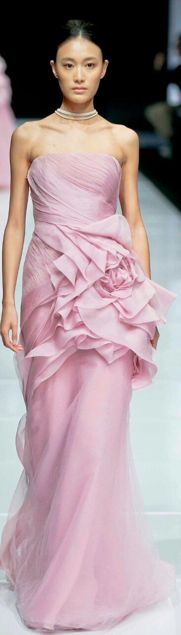 Vera Wang | Del rosa al amarillo | Pinterest | Amarillo y Rosas
