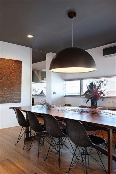 Image Result For Dark Ceiling Home Interior Design Mit Bildern Graues Esszimmer Dekor Weisse Wale
