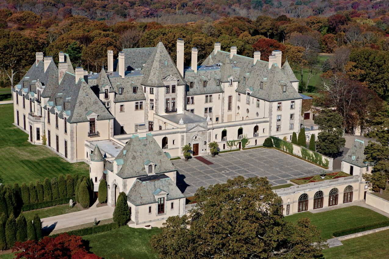 Great Gatsby: Locations, houses and interior design from the movie. Long  Island ...