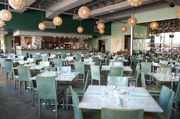 Reef One Of The Top Seafood Restaurants Is Located In Downtown Houston On Travis Street You Have To See It Believe Billiardfactory