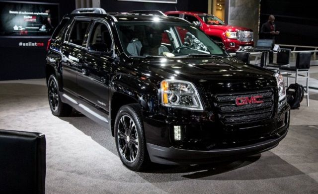 As Evident From Its Name The 2017 Gmc Terrain Nightfall Edition Is Dressed In Glossy Black 18 Inch Aluminum Wheels Get Gloss Spokes Front