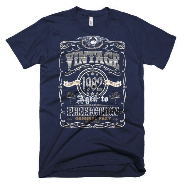 Men's Aged to Perfection Born in 1982 - Birthday 35 yrs years old Vintage Made In 1982 T-Shirt
