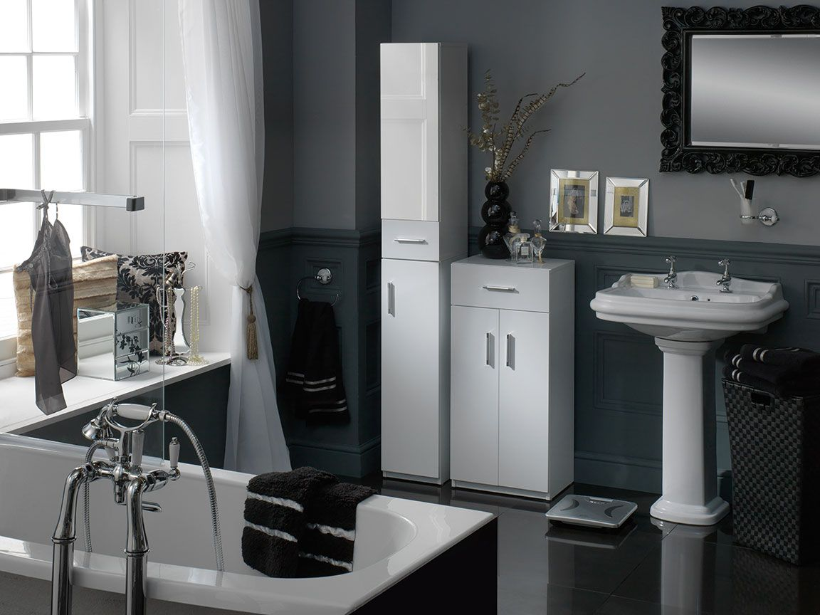 Sleek Black White And Silver Bathroom Design And Accessories From