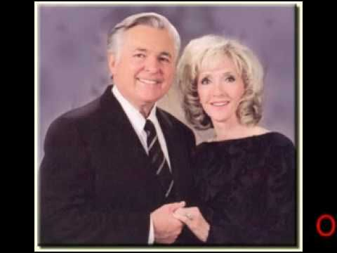 Obama Named Leader Of The New World Order By The Bilderbergs According To Jack Van Impe - http://christianworldviewvideos.com/end_times_prophecy/new_world_order/obama-named-leader-of-the-new-world-order-by-the-bilderbergs-according-to-jack-van-impe/