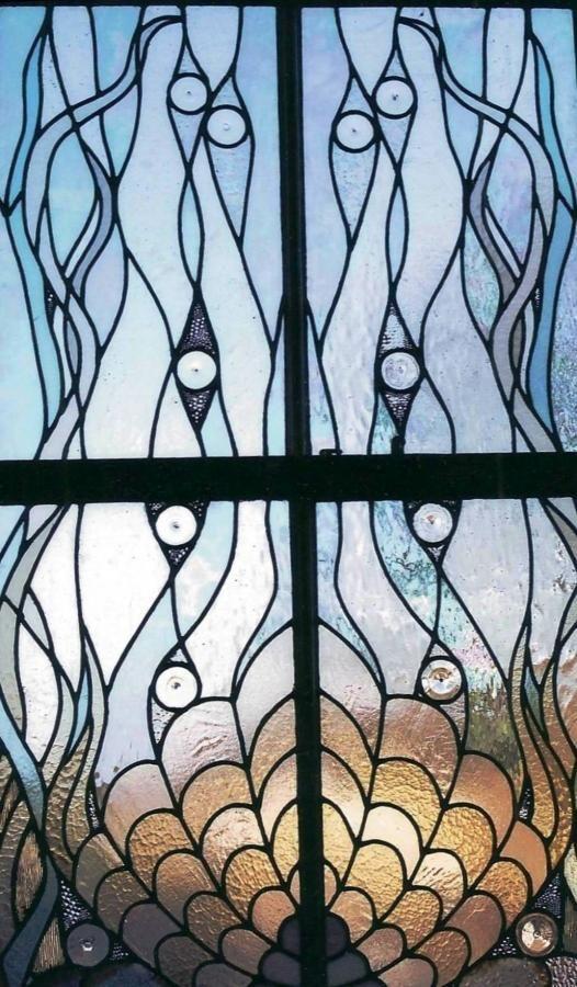 12 salles de bain embellies par des vitraux pour fenêtres Glass