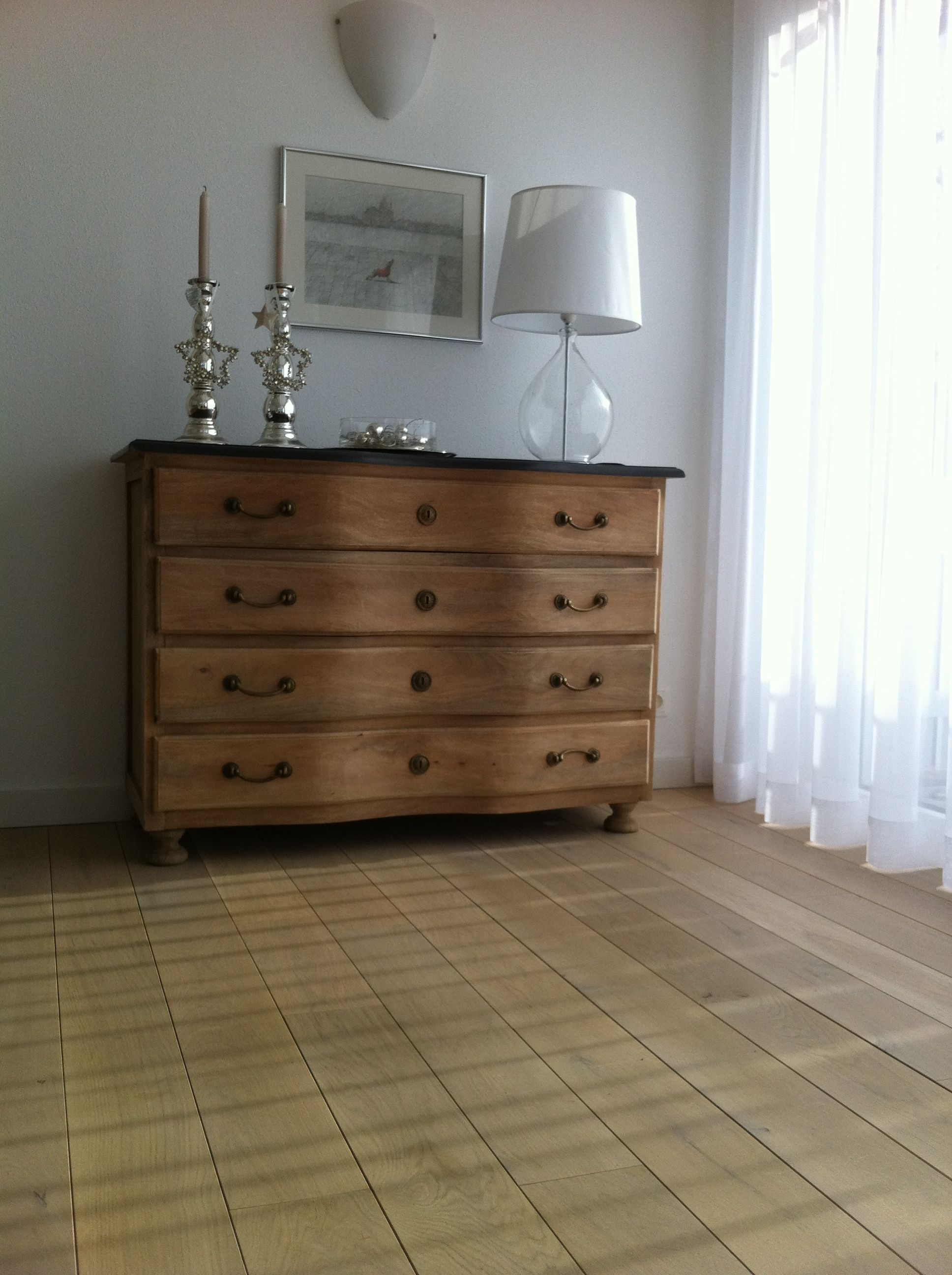 49 eichenparkett wei ge lt wohnen leben pinterest eichenparkett 49er und leben. Black Bedroom Furniture Sets. Home Design Ideas
