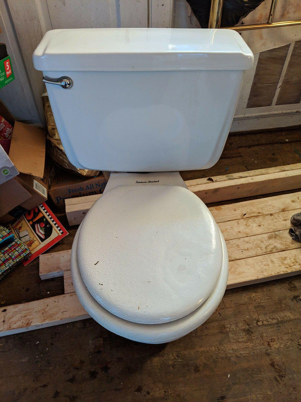 Https Ift Tt 2ycc1td Toilets Ideas Of Toilets Toilets Vintage Retro 1950s American Standard 4043 F4043 W Toto Toilet Home Depot Toilets Kohler Toilet