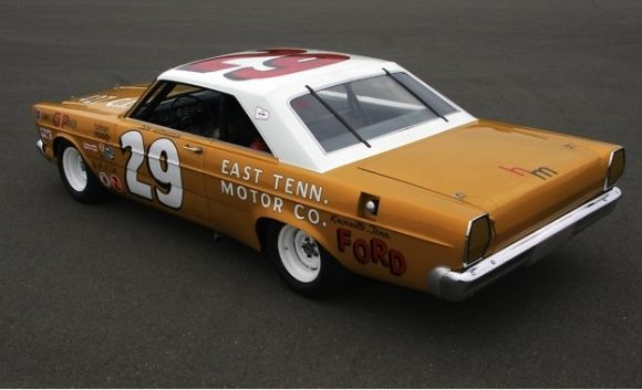 9 Time Nascar Winner 1965 Hm Ford Galaxie Nascar Race Cars Ford Galaxie Ford Racing