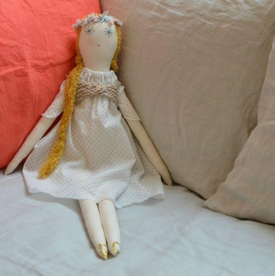 Image of minina corona flores pastel
