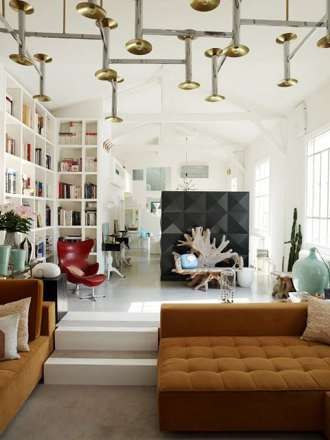 A Fabulous And Edgy Ambience For A Living The Big Tufted Sofa Are