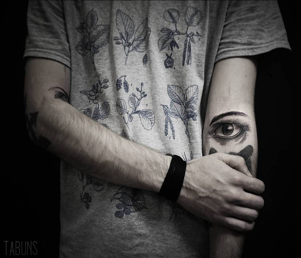 34++ Awesome Under eye tattoo dots image HD