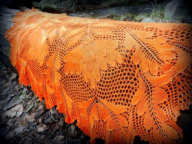 Peony – Pfingstrose Shawl pattern by Hayley Tsang Sather ...