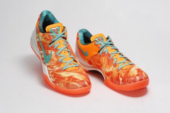 Nike Kobe 8+ - Area 72 - Detailed