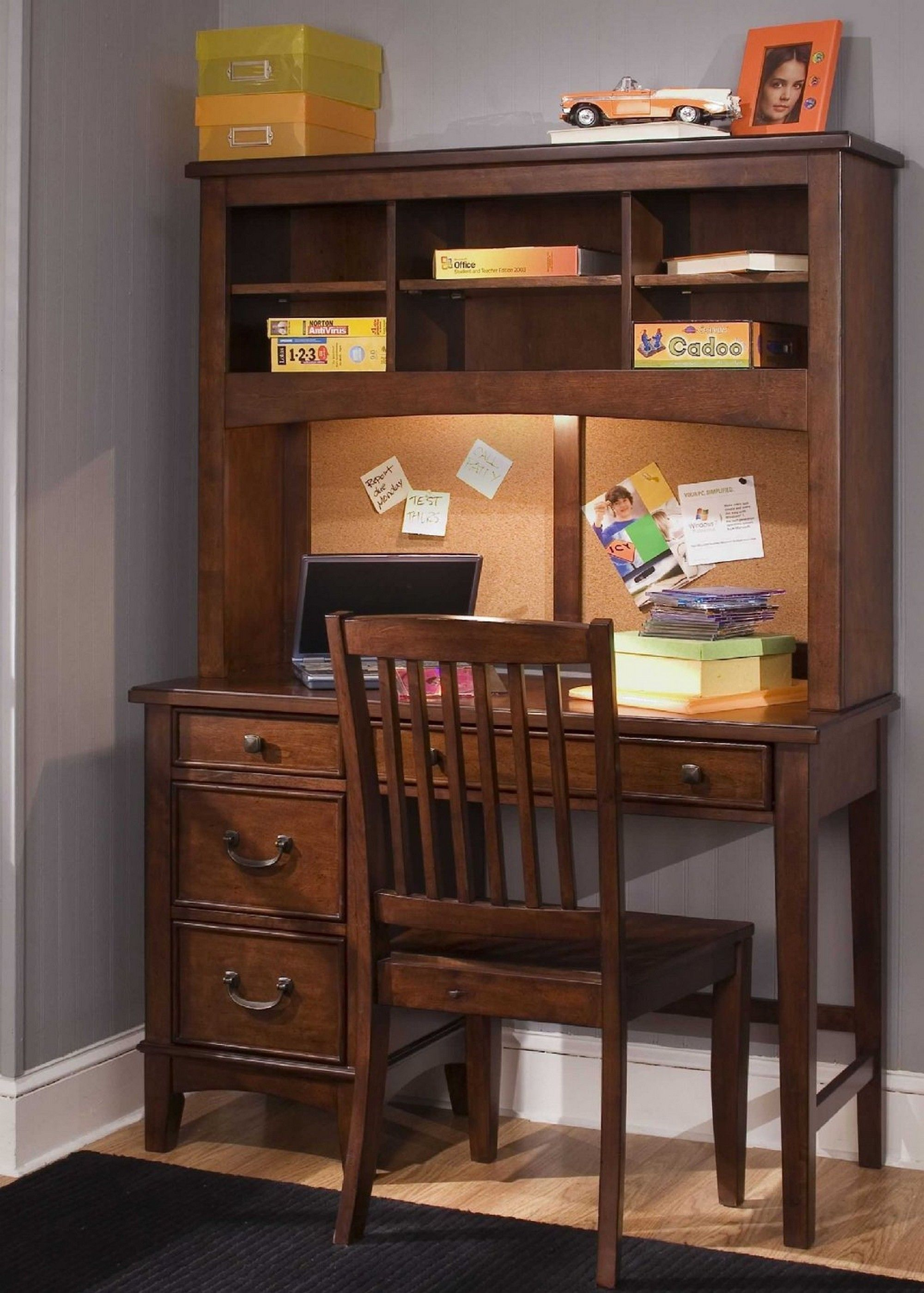 Corner Desk Is Needed In Both Home And Office Because It Can Maximize The Small Space Becomes More Useful C Study Table Designs Study Table Liberty Furniture