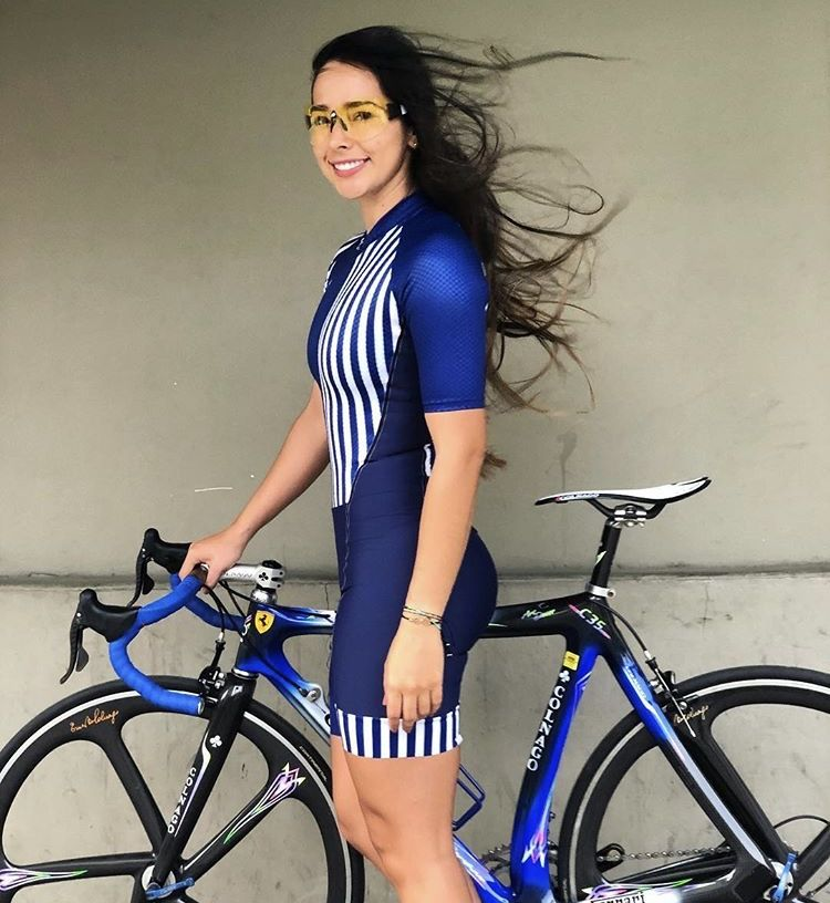cycling cyclinglife cyclist girl bikegirl bikegirls