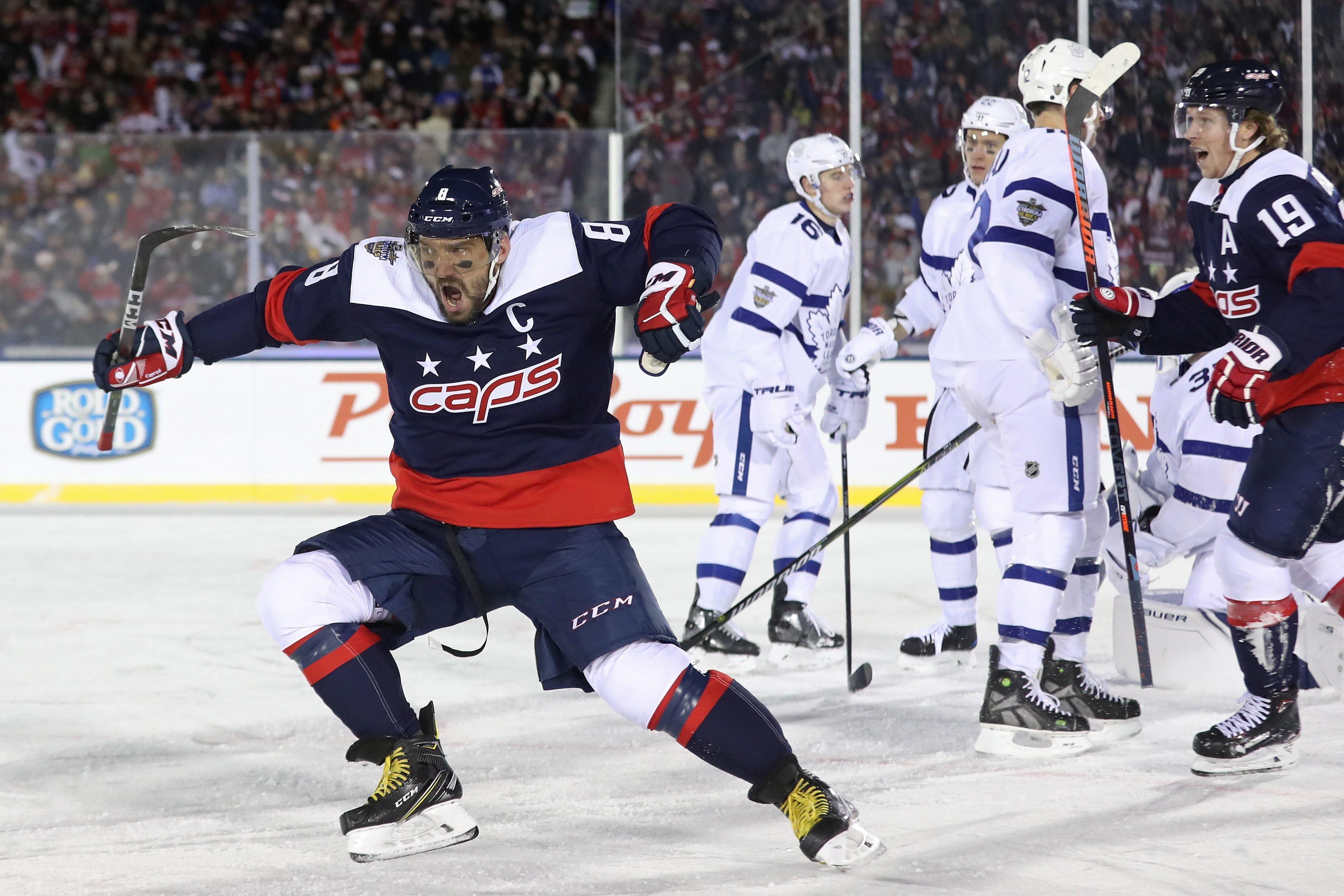 Washington Capitals  Alex Ovechkin scores 40th goal in outdoor game vs. Maple  Leafs 6f462154ce9