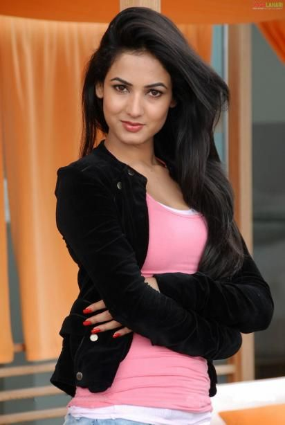 Sonal Chauhan High Resolution Photo Wallpapers Sonal Chauhan Hd