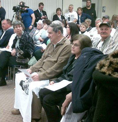 Residents press Fairview supervisors over police chief's firing http://ow.ly/fOhJd