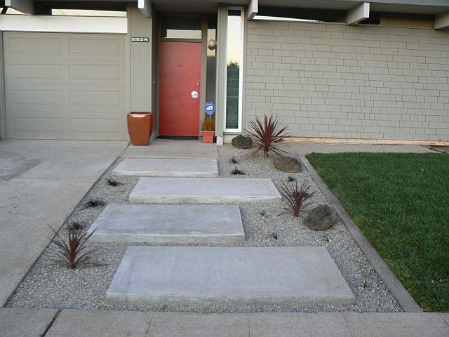 braxton and yancey PATIO CULTURE AND MID CENTURY LANDSCAPING Home